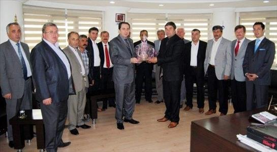 Üniversitemiz Rektörü Prof. Dr. Reha Metin ALKAN, Çorum Esnaf ve Sanatkarları Odaları Birliği'ni (Ç