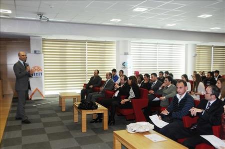 Üniversitemizde KOSGEB Uygulamalı Girişimcilik Sertifikaları Törenle Dağıtıldı