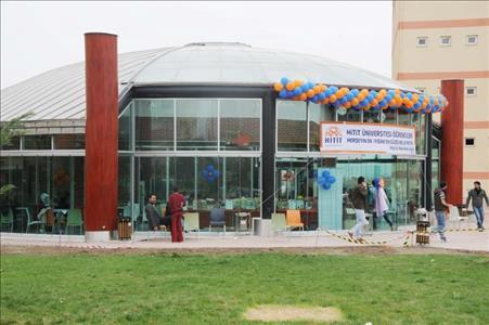 Üniversitemiz Fen Edebiyat Fakültesinin Yeni Kantini Açıldı