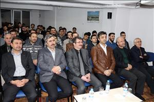 Rektörümüz Anadolu Gençlik Derneği Çorum Şubesinde Öğrencilerle Bir Araya Geldi