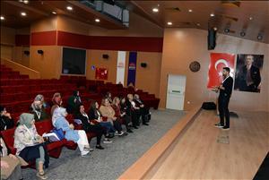 HİTÜ Anne Üniversitesi'nde Dersler Başladı