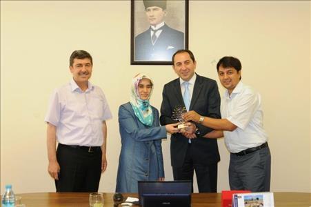 Anadolu Tıbbiyeliler Derneği'nden Rektör ALKAN'a Ziyaret