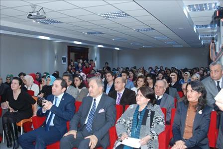 Sosyal Sorumluluk Sahibi Bir Aydın: Mehmet Akif Ersoy Paneli Yapıldı