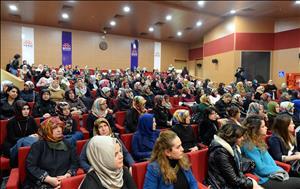 """Üniversitemizde """"8 Mart Dünya Kadınlar Günü""""nde KOSGEB Kadın Girişimcilik Sertifikaları Verildi"""