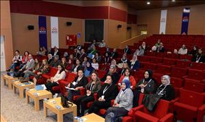 """""""HİTÜ Anne Üniversitesi"""" Başladı"""