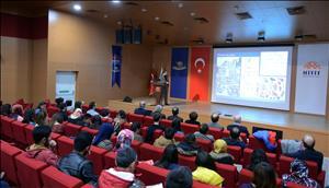 """Üniversitemizde """"Çanak-Çömlek Teknolojisi ve Üretim Zinciri"""" Konulu Konferans Düzenlendi"""
