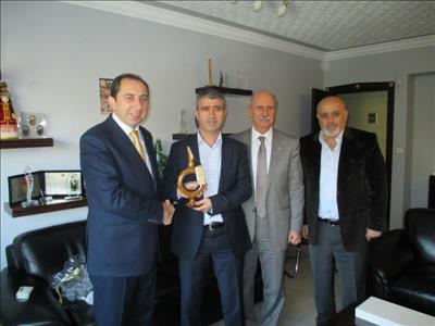 Rektörümüz Türkiye Üniversite Sporları Federasyonu Başkanını Ziyaret Etti