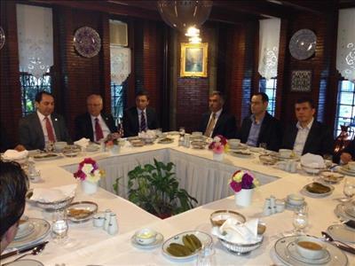 Rektörümüz Sungurlu'lu Hayırsever İşadamları ile İstanbul'da Bir Araya Geldi