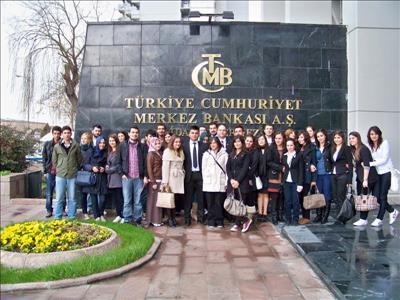 Borsa Finans Kulübü Öğrencileri TCMB ve SPK'da Bilgilendirme Toplantısına Katıldı