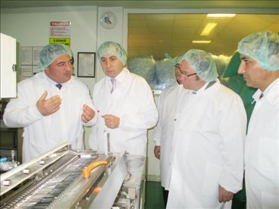 Rektörümüzden Hayat Şırınga Fabrikasını Ziyaret