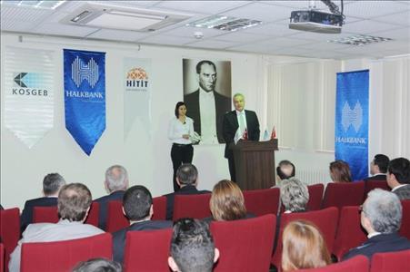 Uygulamalı Girişimcilik Eğitimi Sertifikaları İİBF'de Dağıtıldı