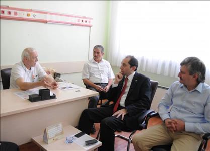 Rektörümüz, Dr. Ömer Sobacı'ya Geçmiş Olsun Ziyaretinde Bulundu