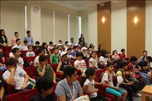 Rektörümüz HİTÜ Çocuk Üniversitesi 2017-Yaz Dönemi Etkinliklerini Ziyaret Etti
