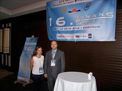 """Sanal Portföy Yarışması Birincisi """"Finans Sempozyumu""""na Katıldı"""