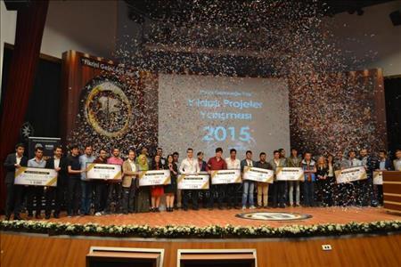 """Üniversitemiz Yıldızlı Projeler Yarışması'nda """"Ateş Böceği"""" İsimli Proje İle Üçüncü Oldu"""