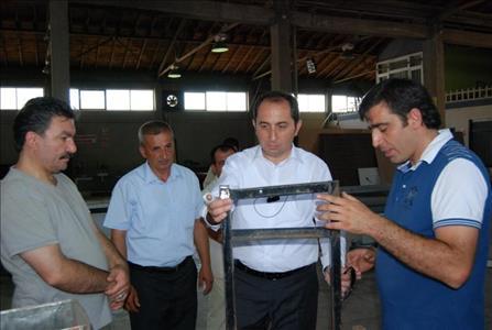 Rektörümüz Prof. Dr. ALKAN, Mimar Sinan Halk Eğitim Merkezi'nin Mobilya Atölyesini Gezdi