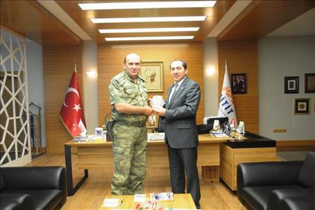 Çorum İl Jandarma ve Garnizon Komutanı Rektörümüzü Ziyaret Etti