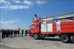 Alaca Avni Çelik MYO'da İtfaiye Araç Teslim Töreni Gerçekleştirildi