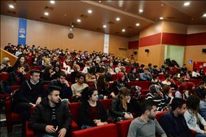 """Üniversitemizde """"Küresel Çağda Nasıl Bir Gençlik?"""" Konulu Konferans Gerçekleştirildi"""