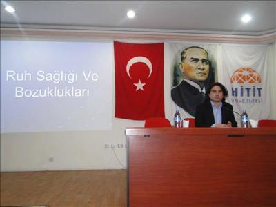 """Meslek Yüksekokulumuzda"""" RUH SAĞLIĞI VE BOZUKLUKLARI"""" konulu konferans düzenlendi"""
