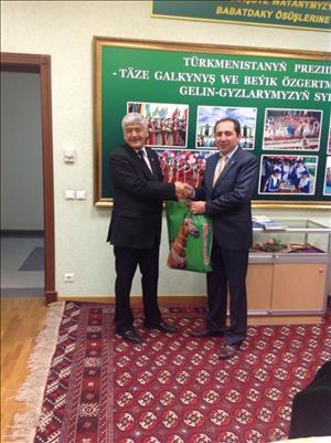 Rektörümüzden Türkmenistan Ziyareti
