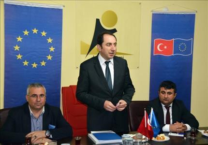 """Rektörümüz """"Yeni Türkiye ve Yeni Üniversite"""" Konulu Konferans Verdi"""