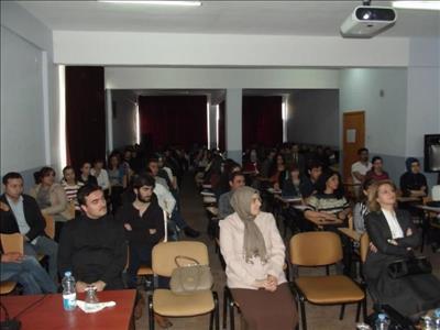 """""""Gönül Elçileri Projesi"""" Üniversitemiz Sungurlu MYO'da Tanıtıldı"""