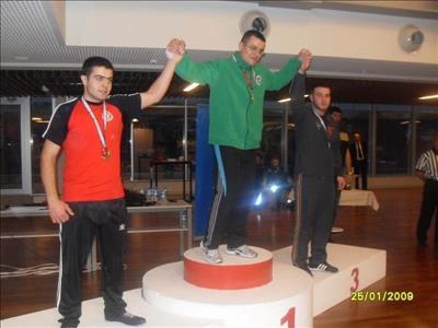 Hitit Üniversitesi Bilek Güreşi Takımı'nın Büyük Başarısı