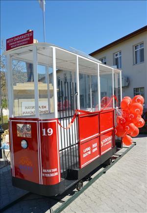 """Osmancık Ömer Derindere MYO'dan Güneş Enerjisiyle Çalışan Tramvay: """"Hititray"""""""