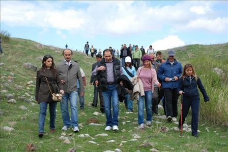 Üniversitemiz Öğretim Elemanları, Öğrencilerle Boğazkale'de Hitit Yolunu Gezdi