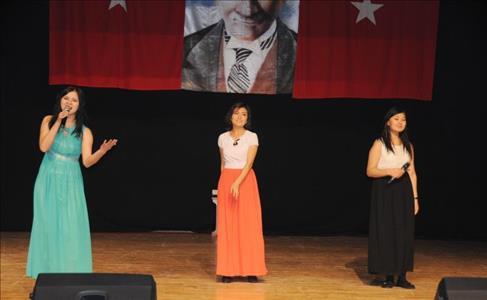 """Öğrencilerimiz """"Uluslararası Öğrenci Festivali"""" Düzenlendi"""