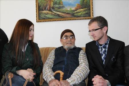 Üniversitemiz Atıl Uzelgün Yaşlı Bakım ve Rehabilitasyon Merkezini Ziyaret Etti