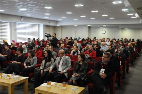 Üniversitemizde Bilimin Sınırları Konulu Konferans Gerçekleştirildi