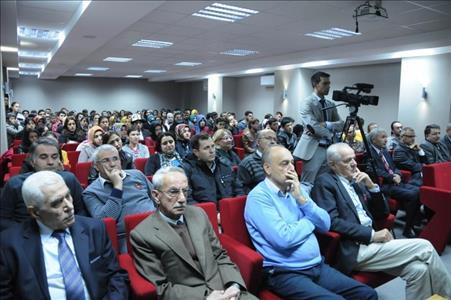 Fen Edebiyat Fakültemizde Haçlı Seferleri ve Arkeoloji Konferansı Verildi
