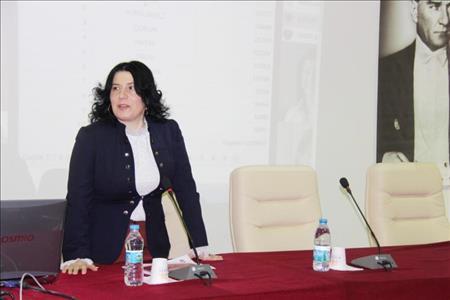 """""""Toplum Kalkınmasında Gönül Elçileri"""" Projesinin Tanıtımı İİBF'de Devam Etti"""