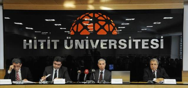 """""""Ölüm Yıldönümünde Mehmet Akif Ersoy"""" Konulu Panel Düzenlendi"""