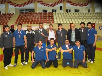 Üniversitemiz Güreş Takımı Türkiye Şampiyonu Oldu