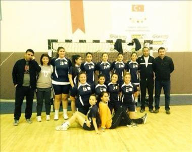 Üniversitemiz Hentbol Takımları Finalde