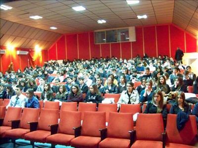 Lise Tanıtımları İzmir'de Devam Etti