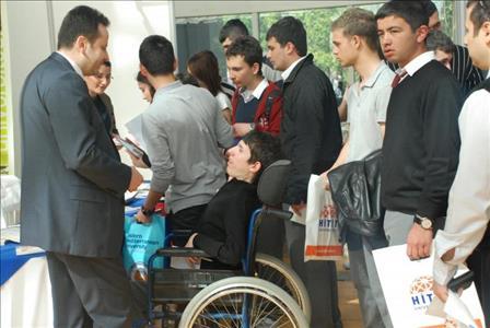 Üniversitemiz Antalya'da Düzenlenen Eğitim Fuarına Katıldı