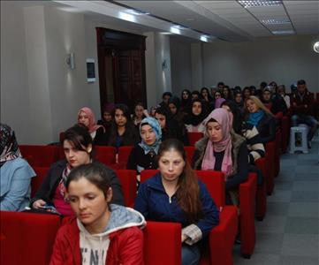 Üniversitemiz Öğrencilerine Oryantasyon Eğitimi Verildi
