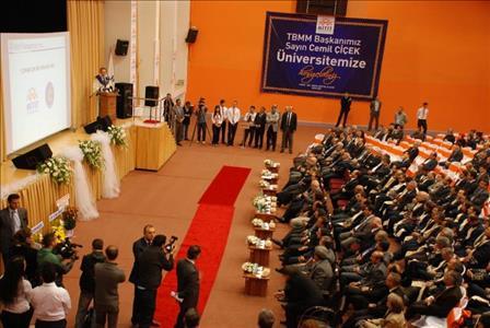 Akademik Yıl Açılışımız TBMM Başkanı Sayın Cemil ÇİÇEK'in Katılımlarıyla Gerçekleşti