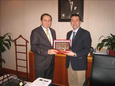 Üniversitemiz Rektörü  Prof. Dr. Reha Metin ALKAN,Anadolu Üniversitesi Rektör Yardımcısı Prof. Dr.