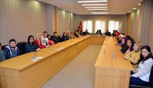 Bankacılık ve Finans Bölümü Öğretim Üyeleri ve Öğrencileri Rektörümüzü Ziyaret Etti