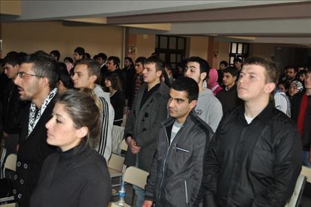 Osmancık Ömer Derindere MYO'da İstiklal Marşının Kabulü ve M. Akif Ersoy'u Anma Programı Düzenlendi