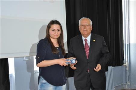 """""""Baktat Slogan Yarışması""""nı Sungurlu Meslek Yüksekokulu Öğrencisi Bahar UZUN Kazandı"""