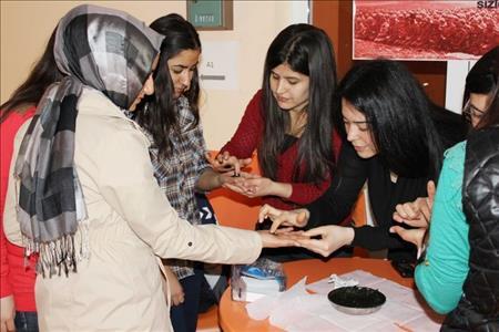 Üniversitemiz Çanakkale Şehitlerimizi Andı
