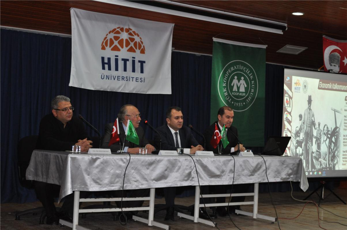 """""""Ekonomik Kalkınmanın Temeli Kooperatifler"""" Konulu Panel Düzenlendi"""