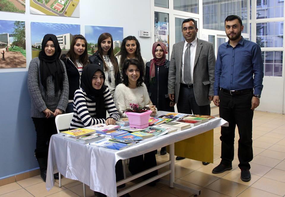 Yüksekokulumuz Köy Okulu İçin Kitap Bağışı Kampanyası Düzenledi